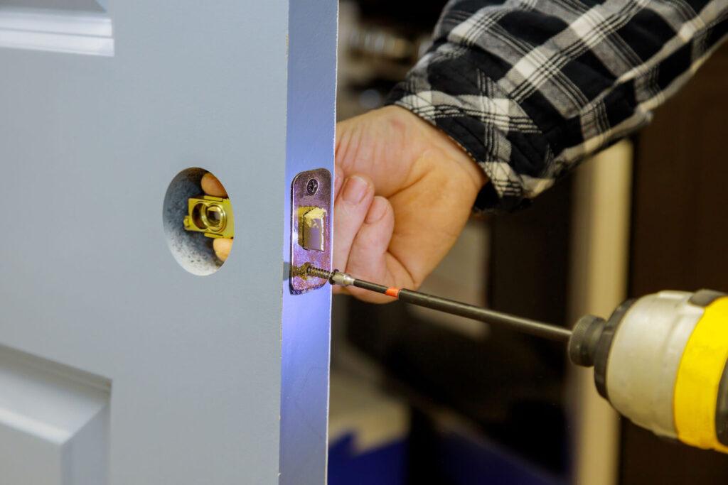 assembling-lock