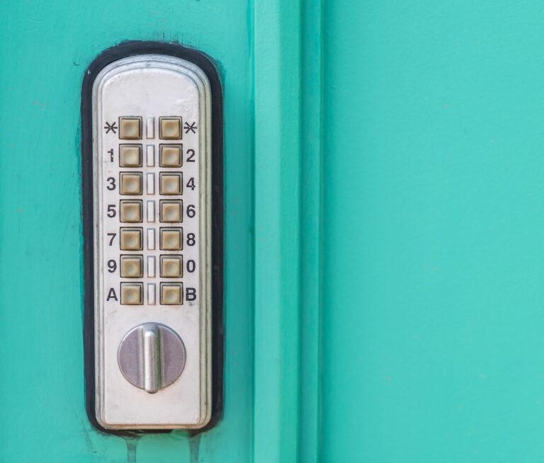 door-lock-keypad